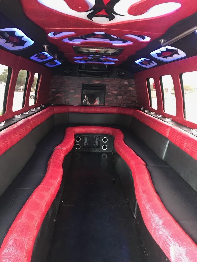 25 Passenger Party Bus